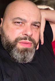 Максим Фадеев упал с электросамоката