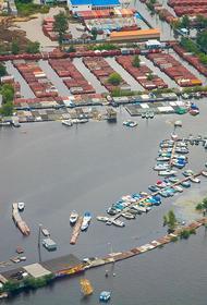 В Хабаровске разбирают дамбы – паводок отступает