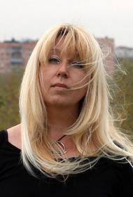 «В моей смерти прошу винить», главред Ирина Славина, которая подожгла себя у здания полиции, о причинах своего поступка