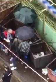 В Хабаровске нашли мертвого младенца в мусорном баке