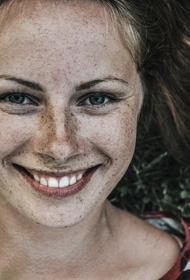 Психолог рассказала, почему улыбка и смех улучшают здоровье
