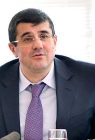 Президент непризнанной Нагорно-Карабахской республики Араик Арутюнян отправился на передовую