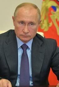 Владимир Путин считает необходимым  сохранение упрощенного режима продления документов до конца года