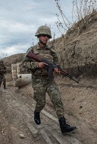 Минобороны Армении: азербайджанские войска побежали на юге Карабаха