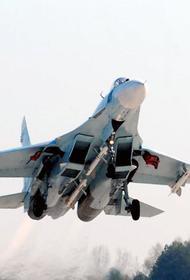 Российский Су-27 перехватил четыре британских военных самолета над Черным морем
