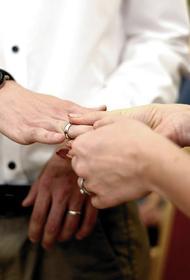 В Москве выросло количество браков с иностранцами. Женихов предпочитают из Турции, а невест – из Греции