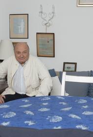 Представитель Жванецкого сообщил о решении писателя-сатирика закончить выступления на сцене