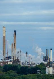 Экономист Адамидов считает, что человечество не создало технологий, которые в состоянии эффективно заменить нефть и газ