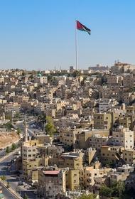 В Иордании ввели повсеместный режим ограничений на 48 часов для сдерживания пандемии COVID-19