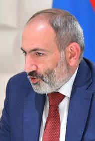 Пашинян считает, что Нагорному Карабаху грозит гуманитарная катастрофа