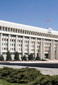 В Бишкеке вводится комендантский час
