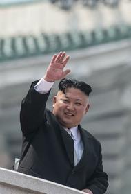 Ким Чен Ын сообщил всему миру, что он жив и здоров, а заодно показал свою ядерную  ракету