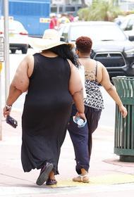 Замглавы Минздрава Салагай сообщил о высоком риске смерти при заражении COVID-19 для людей, страдающих ожирением