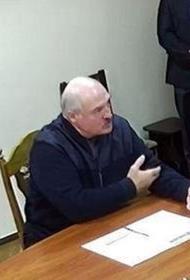 Два оппозиционера вышли из СИЗО после встречи с Лукашенко