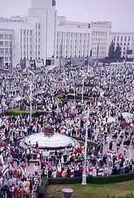 Сотрудникам правоохранительных органов Белоруссии разрешили применять оружие на акциях протеста