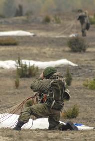 В ходе учений «Кавказ-2020» десантников на поле боя поддерживала армейская авиация