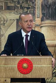 Бывший сотрудник Генштаба России Сивков: Турция воюет с Москвой на трёх фронтах