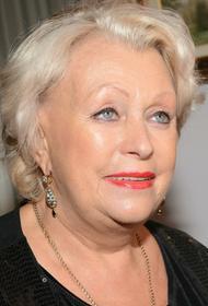 Вдова Караченцова Поргина поразмышляла, как жила бы на пенсию в 150 тысяч рублей