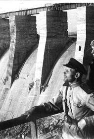 В этот день в 1943 году части РККА освободили Запорожье и произошло восстание в концлагере Собибор