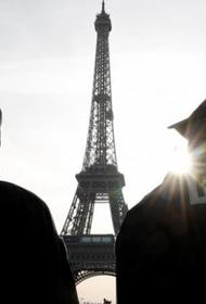 В Париже из-за распространения COVID-19 прекращена ночная жизнь