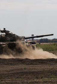 Украинская военная разведка узнала о «переброске Россией танков Т-72Б в Донбасс»