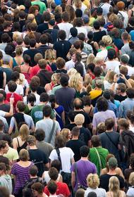 Население России сокращается быстрее прогнозируемого уровня