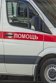 Девочки, которых выбросили из окна в Саратове, находятся в тяжелом состоянии