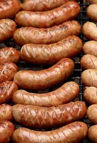 На Украине активисты потребовали декоммунизировать колбасу, которую производят в Харькове