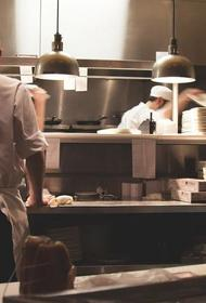 Власти Петербурга готовят «комендантский час» для кафе и ресторанов