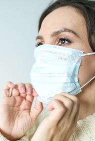 В Курганской области ужесточили коронавирусные ограничения: детям нельзя выходить без взрослых