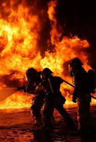 Автобус, перевозивший пассажиров из Иркутска в Братск, загорелся в ночь