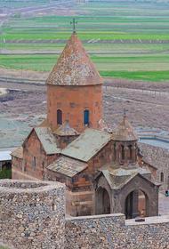 Грузия и Азербайджан спорят из-за монастыря. Виновен как всегда Саакашвили