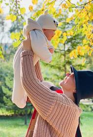 Брухунова поделилась, как был одет на крещение их с Петросяном сын Ваган