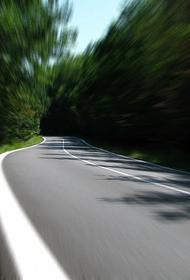 В Санкт-Петербурге после смерти водителя грузовик проехал еще два километра