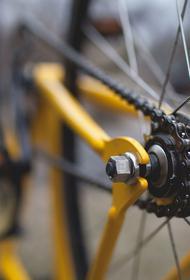 Рядом с посёлком Залари под колёсами авто погиб 20-летний велосипедист