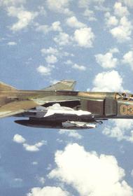 Американский пилот оценил российский военный самолет МиГ-23 как «удивительно проворный» истребитель
