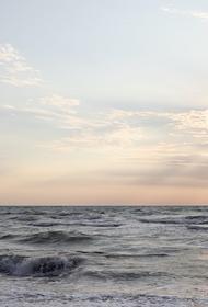 На танкере после взрыва в Азовском море возникла пробоина размером до 12 метров