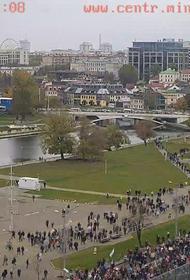 В Минске на акции протеста несколько человек пострадали от светошумовых гранат и резиновых пуль