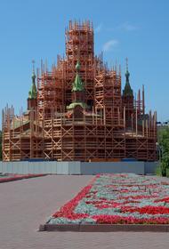 Реставраторы обнаружили в Храме Александра Невского старинные фрески
