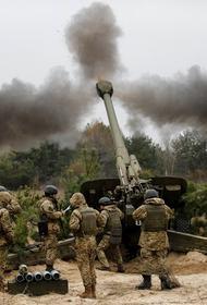 Азербайджан опубликовал видео уничтожения артиллерии армянских войск в Карабахе