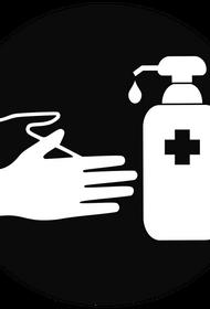 Врач Игорь Юркин рассказал, почему обработка антисептиком товаров из магазина не защитит от коронавируса
