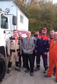Кубанские спасатели отыскали пенсионера-грибника, который сутки пробыл в лесу