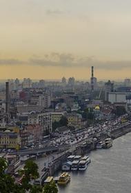 Политолог Безпалько: Украина не может сделать что-либо, чтобы страна «не трещала по швам»