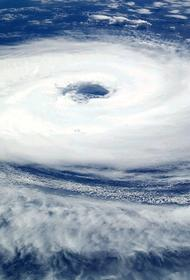 Супертайфун обрушился на Филиппины