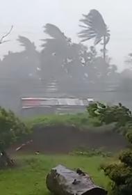 Президент Филиппин посетит разрушенную штормом провинцию