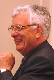 Раймонд Паулс получил японскую государственную награду