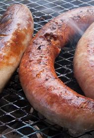 Диетолог Тутельян предупредил об опасности скрытого жира в колбасных изделиях