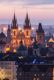 В Чехии выявили рекордное число новых случаев заражения COVID-19 за сутки – 15 729