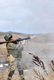 Жена премьера Армении сообщила, что ее женский отряд готов к участию в боях