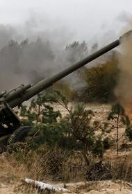 Конфликт в Карабахе: Азербайджан выложил видео новых ударов по армянским войскам